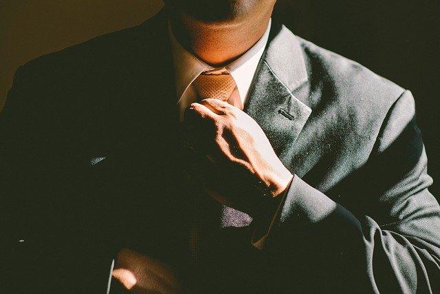 kravata-odelo-stav