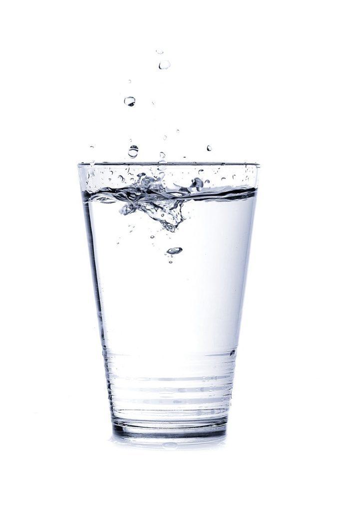 čaša-vode