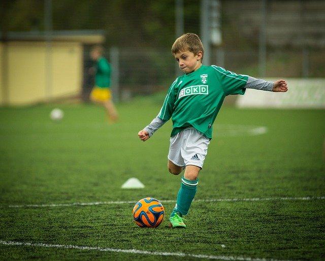 fudbal-dečak